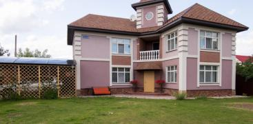 Sell 2-storey house 180 sq. m. on 6 acres